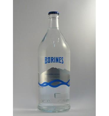 Natürliches Mineralwasser Borines